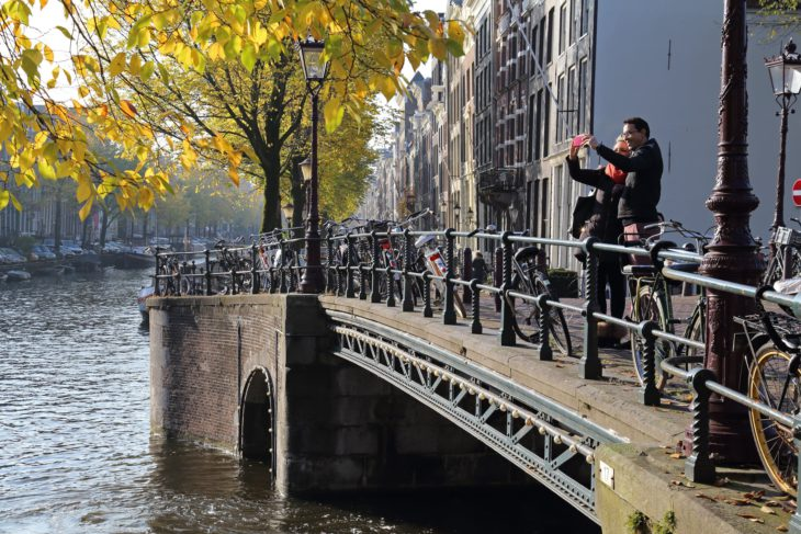 Tourists can 'marry' a Dutch local in new tourism initiative