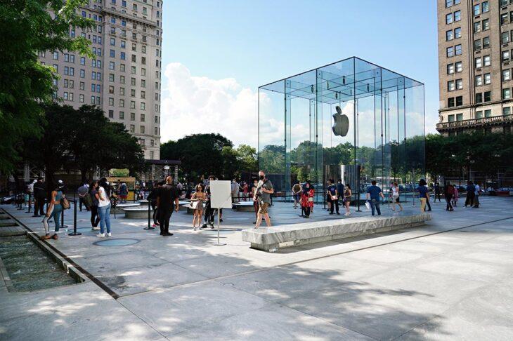 DOJ, states eye potential U.S. antitrust probe of Apple