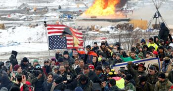 Native American tribes to oppose temporary Dakota Access oil line stay order: lawyers – Reuters