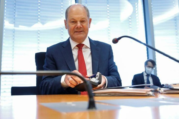 German lawmakers grill Scholz over Wirecard scandal – Reuters