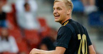 Van de Beek to Man Utd close after completed medical