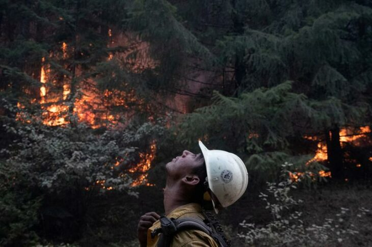 Crews battle wildfires in U.S. West as smoke travels the world – Reuters India