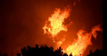 California firefighters race to subdue flames before heat and winds return – Reuters India